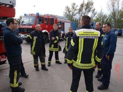Nachbesprechung der Feuerwehr